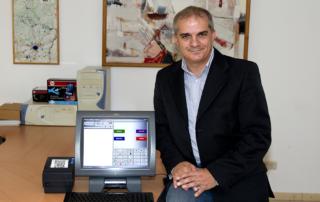 Monsieur Totatro éditeur du logiciel RCS caisse enregistreuse